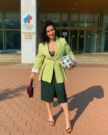 Тина Канделаки запустила флешмоб #wewillROCyou в поддержку российских спортсменов