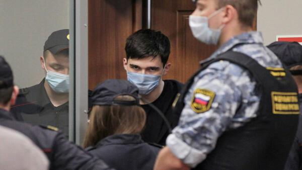 Ильназ Галявиев в «Бутырке» сдружился с серийным отравителем из электричек