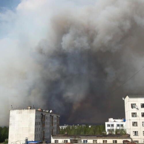 В Якутии восстанавливают движение транспорта, которое перекрыли из-за лесных пожаров