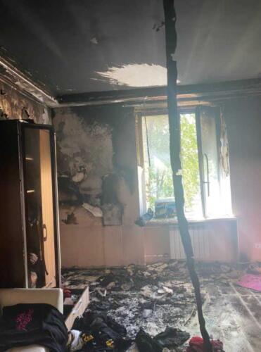 Слава КПСС просит слушать его треки, чтобы он смог оплатить ремонт сгоревшего жилья