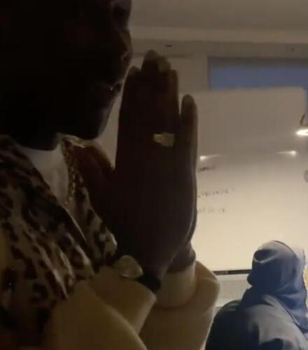 Меломаны нашли на видео с Канье Уэстом пасхалку его нового альбом