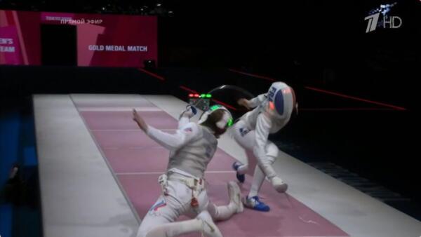 Травма не помешала рапиристке Марте Мартьяновой взять золото на Олимпиаде-2020