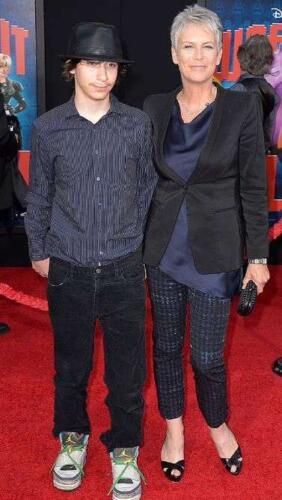 Джейми Ли Кёртис призналась, что её сын Томас — трансгендерная женщина с именем Руби