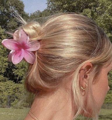 Кокосовые девушки — тренд 2021 года. Как стать богиней пляжей Калифорнии, оставаясь в России