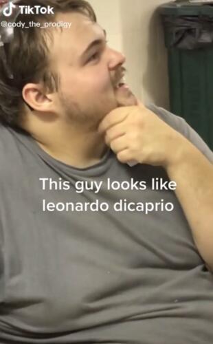 Блогер заснял своего коллегу на видео, он оказался двойником Леонардо Ди Каприо