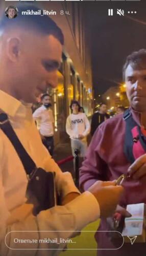 Лишённый водительских прав Михаил Литвин заехал на авто в бар, видео проверяет ГИБДД