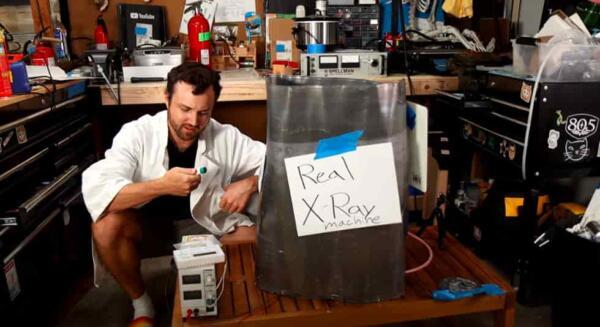 Инженер построил рентген-аппарат у себя в гараже. Так он доказал, что цены в больницах - завышены