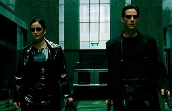 """Они вернутся туда, где всё началось, и синие таблетки не помогут. О чём будет четвёртая часть """"Матрицы"""""""