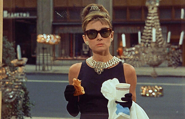 Фото Бейонсе в рекламе для Tiffany раскритиковали в Сети. Некоторые люди назвали его слишком отбелённым