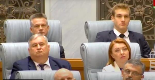 Коля Лукашенко усмехнулся на видео, когда услышал про готовившийся против него заговор