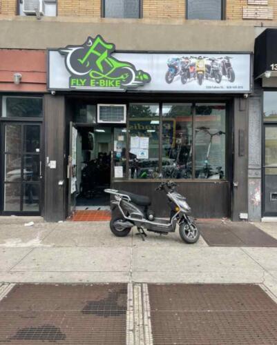 Мужчина смог отыскать украденный скутер с помощью смарт-меток AirTag