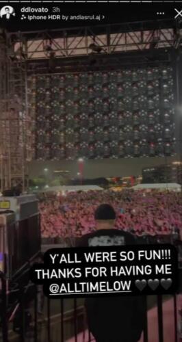 Деми Ловато столкнулась с негативной реакцией из-за снимка толпы на концерте