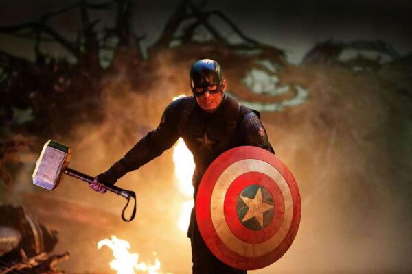 Тор объяснил в комиксе, что Капитан Америка оказался достоин Мьёльнира, став первым воином