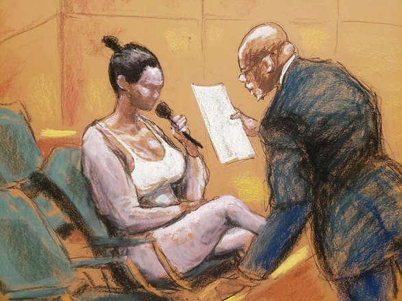 Ар Келли якобы заставлял своих девушек писать письма с шантажом, чтобы доказать невиновность