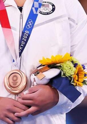 Цветы в букетах на Олимпийских играх в Токио символизируют катастрофы 2011 года в Японии
