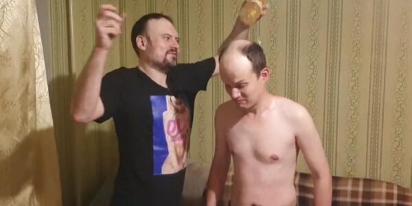 """Кто такие треш-стримеры с канала """"Репейник и Ватник""""."""