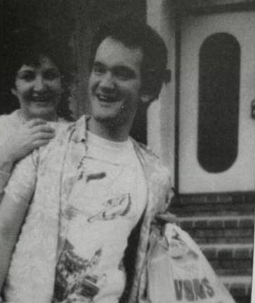 Квентин Тарантино отомстил маме, принижавшей его талант, режиссёр не давал ей денег