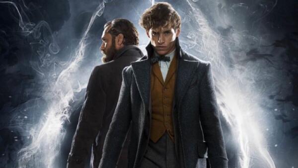 """Люди гадают над """"тайной"""" Дамблдора и выдвигают абсурдные версии для триквела """"Фантастических тварей"""""""