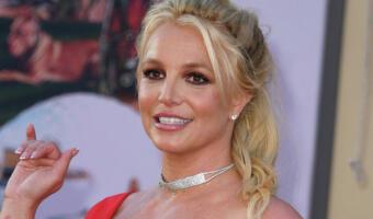 Бритни Спирс восстановилась в инстаграме и ещё больше напугала фанатов. Выдаёт старые фото за новые
