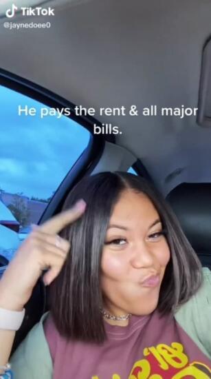 Парень год платил за квартиру, не зная, что арендодатель - его девушка