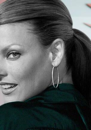 Линду Евангелисту изменила до неузнаваемости косметология. Из супермодели в отшельницу с депрессией