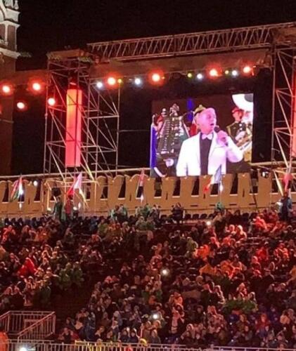 Дать паспорт РФ и должность депутата. Как зрители оценили концерт Тилля Линдеманна на Красной площади