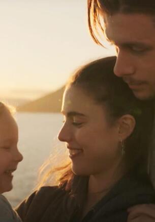 Почему популярен сериал «Уборщица. История матери-одиночки». Из-за шоу девушки переосмысливают абьюз