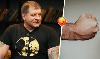 Александр Емельяненко на шоу «ЧБД» с улыбкой рассказал, как бить женщин. Зал смеётся, комментаторы нет